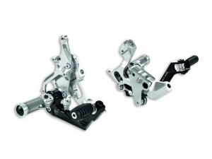 ADJUSTABLE RIDER ALUMINIUM FOOTPEGS